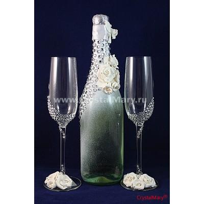 Бутылка шампанского со стразами www.crystalmary.ru