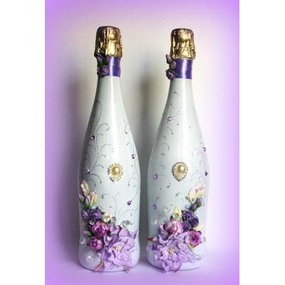 Декупаж свадебных бутылок в красивом сиреневом варианте  www.crystalmary.ru