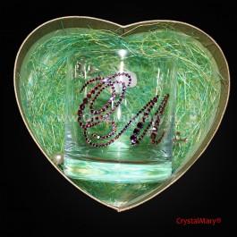 Стакан с инициалами из страз www.crystalmary.ru