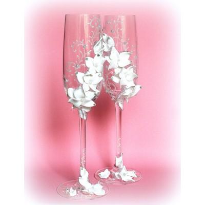 Оформление бокалов стразами и цветами из полимерной глины www.crystalmary.ru
