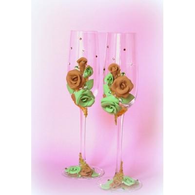Украшение бокалов стразами и цветами  www.crystalmary.ru