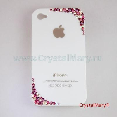 Разноцветные кристаллы на белой панели www.crystalmary.ru