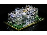 Лего, украшенное кристаллами Swarovski
