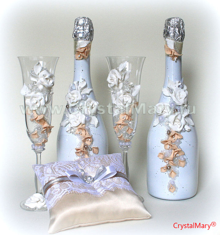 Декупаж свадебных бутылок шампанского