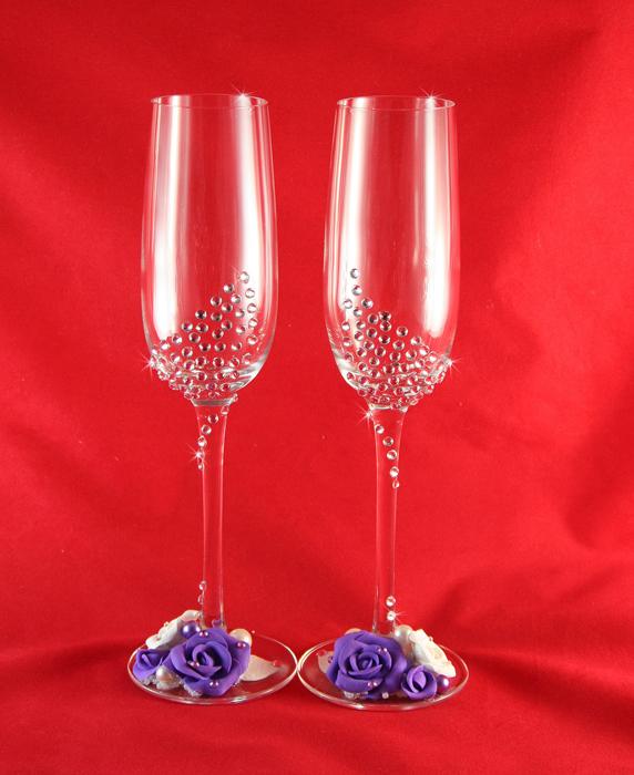 Как стразами украсить бокалы на свадьбу своими руками фото пошагово 39