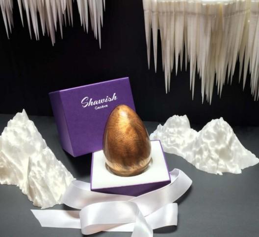 Шоколадное яйцо с ювелирным сюрпризом