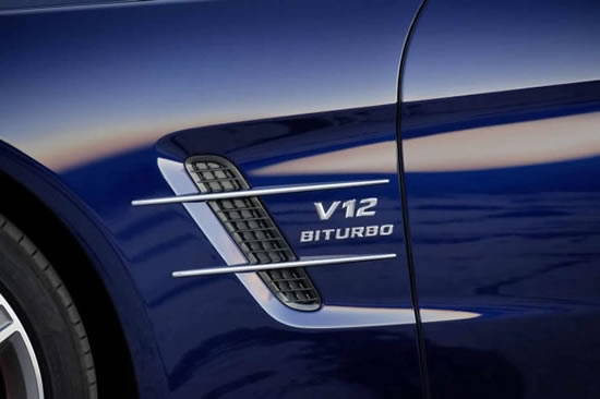 Кабриолет Mercedes SL65 AMG V12