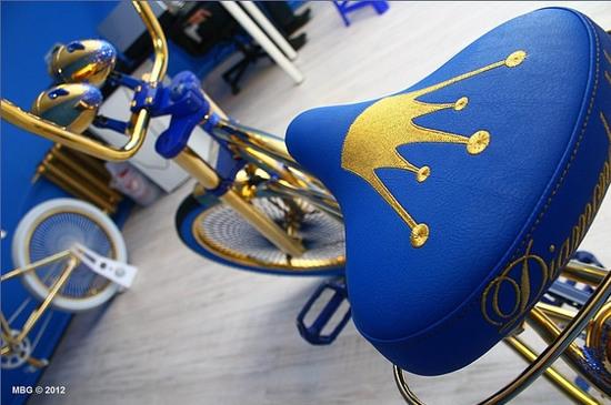 Велосипед, украшенный стразами Swarovski
