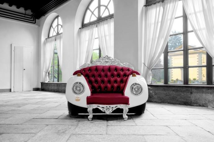 Кресло из крыльев автомобиля и страз Swarovski