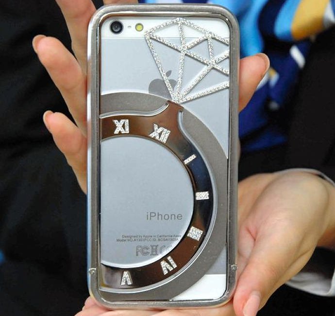 чехол для iPhone 5 и iPhone 5S с бриллиантами