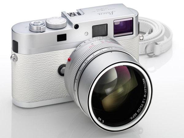 фотоаппарат белый