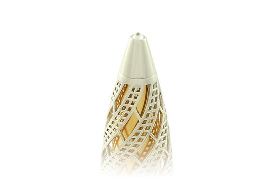 золотая ручка с бриллиантом