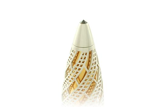 золотая ручка с черным бриллиантом
